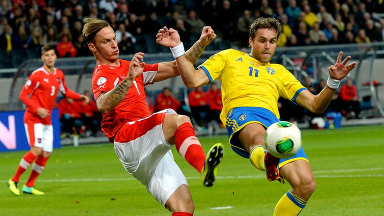 Marko Arnautovic and Johan Elmander tangle.