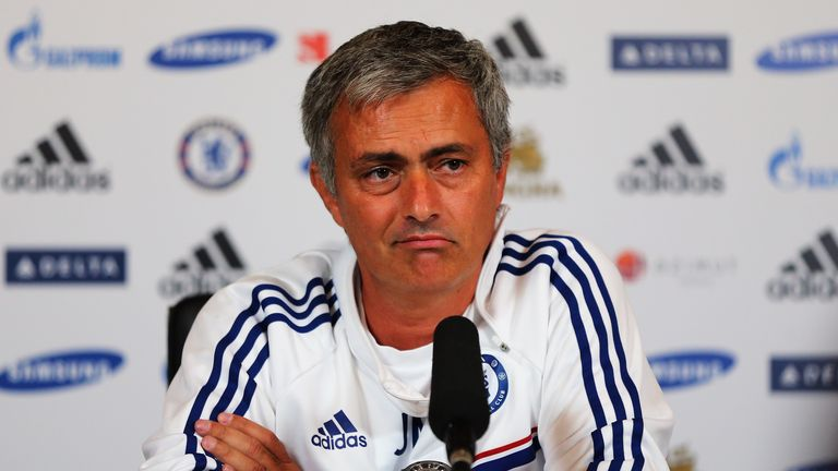 Jose Mourinho wants Chelsea to take all three points when they visit Norwich on Sunday.