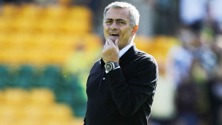 Jose Mourinho: Chelsea boss would be happy to offer advice to FA