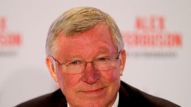 Sir Alex Ferguson: Says David Moyes will have to cope with expectation