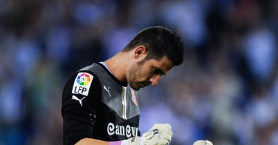Casilla to snub Prem interest