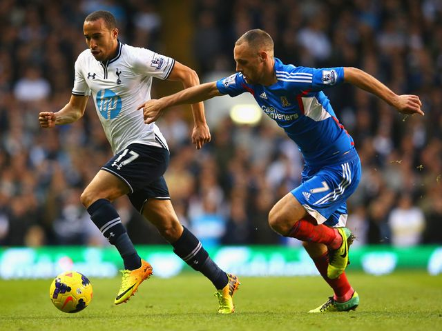 Andros Townsend in action for Tottenham.