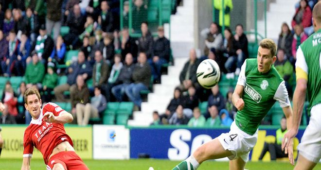 Scott Vernon: Aberdeen striker scores in the 2-0 victory over Hibernian