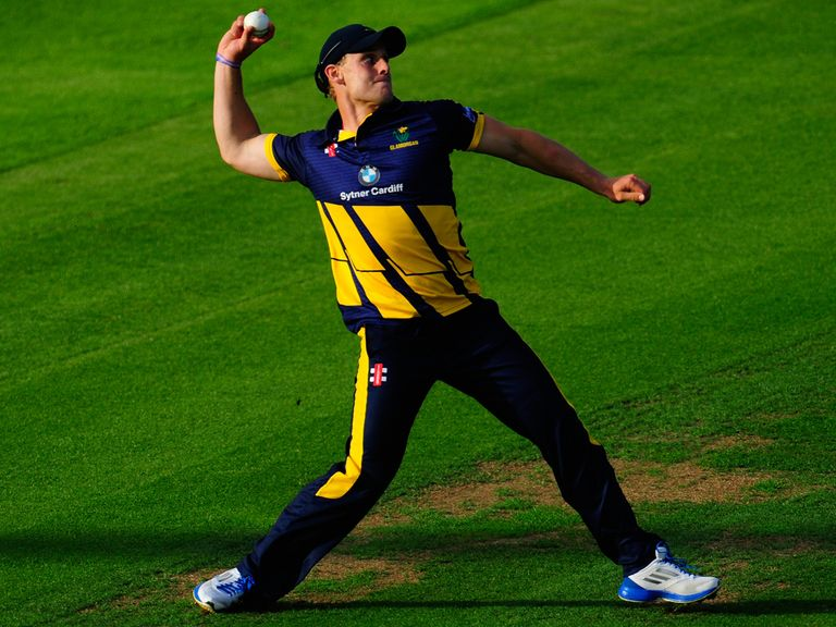 Ben Wright: Pens new two-year deal with Glamorgan