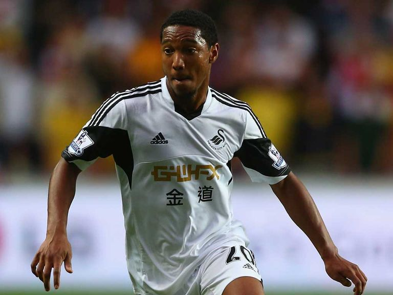 Jonathan De Guzman: In positive mood ahead of Old Trafford trip