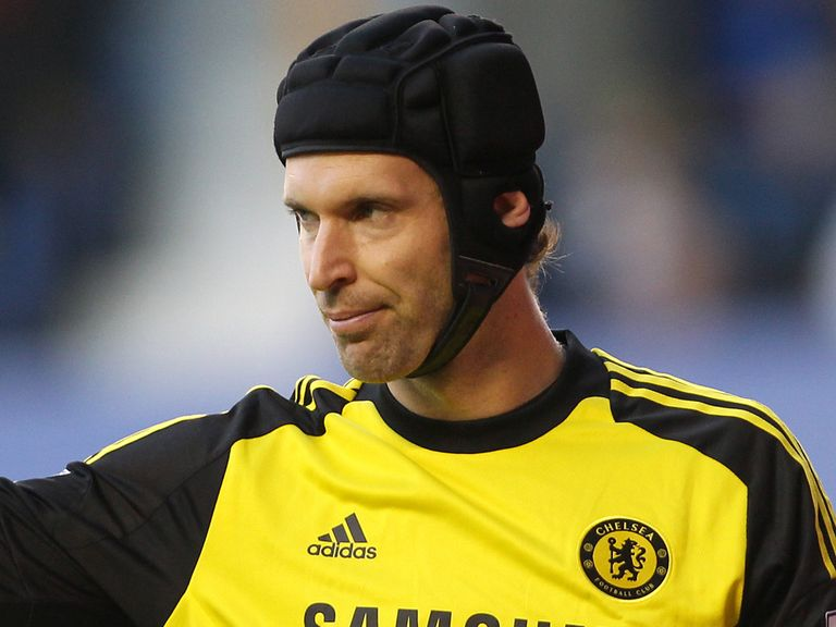 Petr Cech: Experience can be vital in the title race