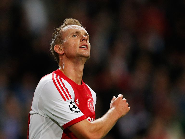 Siem De Jong set Ajax on their way to victory
