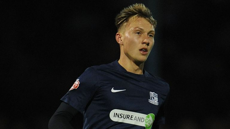 Cauley Woodrow: Back at Craven Cottage