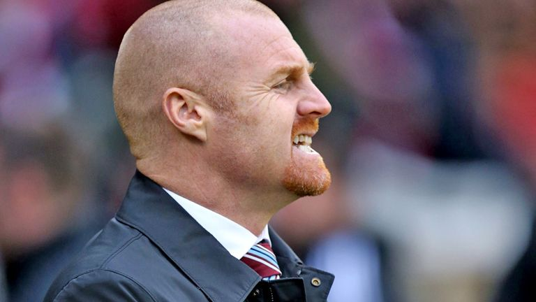 Sean Dyche: Applauds fans after draw