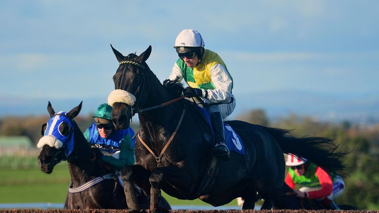 Many Clouds: Set for Ascot