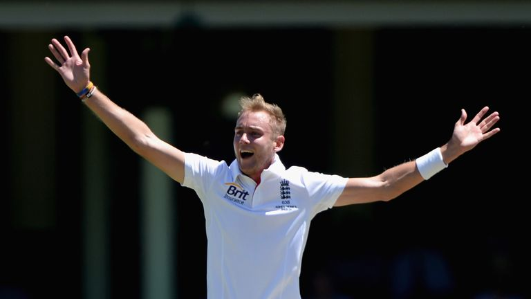 Stuart Broad successfully appeals for the wicket of Callum Ferguson