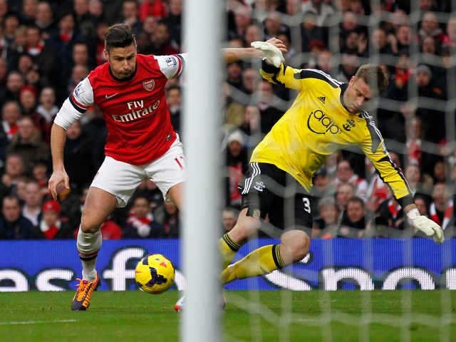 Olivier Giroud makes Artur Boruc look a fool to put Arsenal ahead