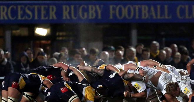 Worcester and Leicester scrum down at Sixways