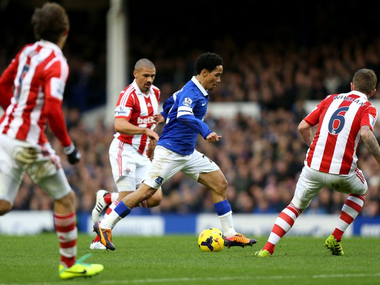 Steven Pienaar: Back in full training
