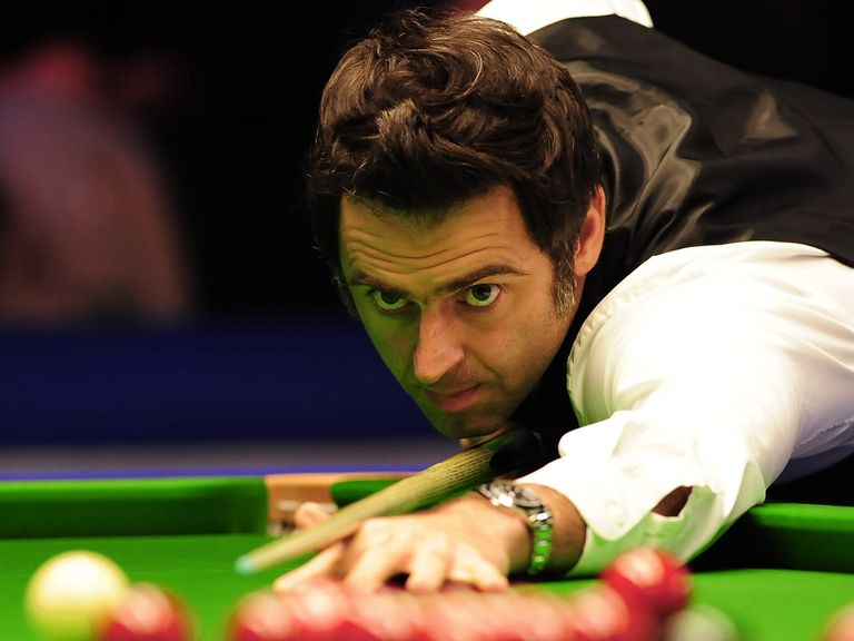 Ronnie O'Sullivan: Had to change in a hotel toilet