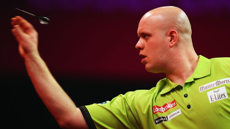 Relax and regret it: Rod says Van Gerwen must not kick back against Lewis