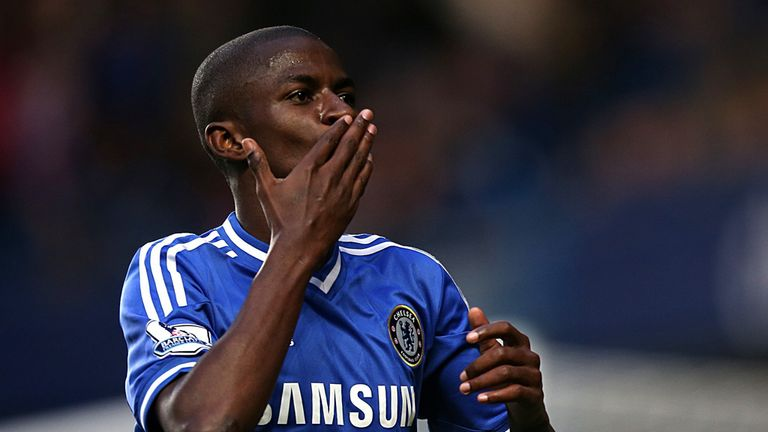 Ramires: Chelsea midfielder expects tough test against PSG