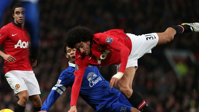 Marouane Fellaini: Manchester United midfielder expected back soon