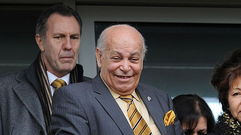 Assam Allam: Bruce vows to talk to Hull City owner
