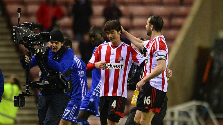 Ki Sung-Yueng: Congratulated by O'Shea at the final whistle