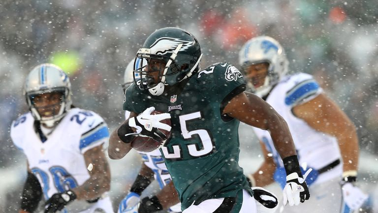 LeSean McCoy: Rushed for an Eagles franchise record of 217 yards