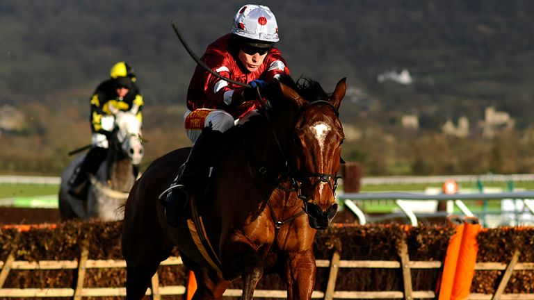 Kings Palace: Take the 5/1 for the Albert Bartlett Hurdle. reckons Lydia