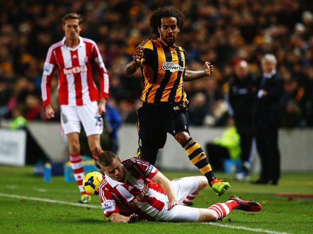 Ryan Shawcross stops Tom Huddlestone