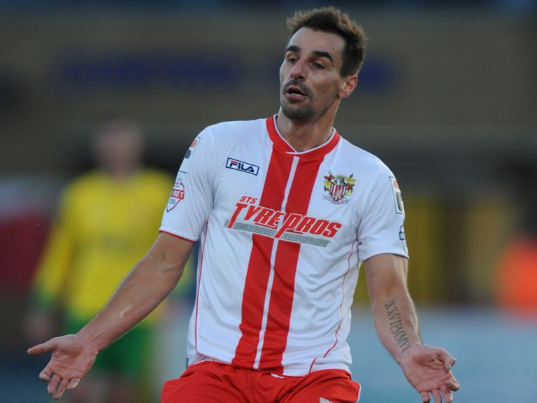Filipe Morais: Netted for Stevenage