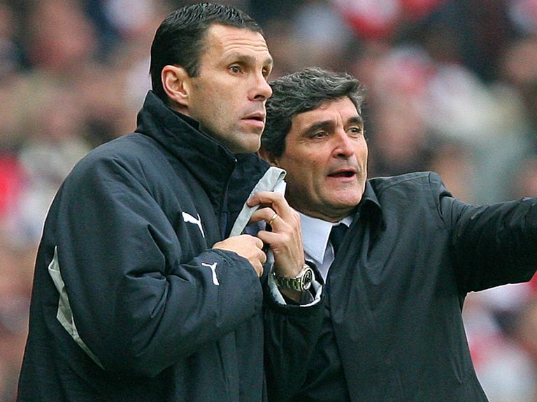 Gus Poyet: Expects to face a strong Chelsea side