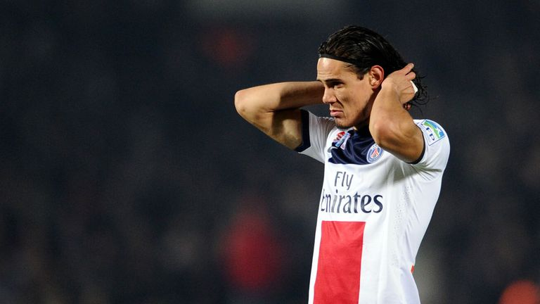 Edinson Cavani: Out for three weeks with thigh injury