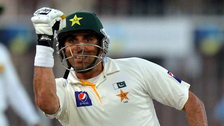 Misbah-ul Haq: Pakistan skipper backed by Aamir Sohail