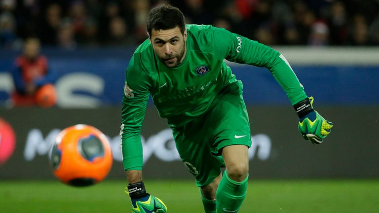 Salvatore Sirigu: Says international break makes PSG's task harder