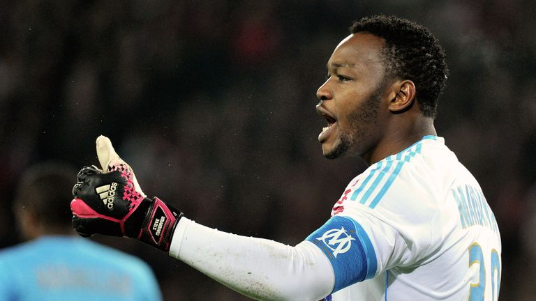 Steve Mandanda: Has no offers to consider at present