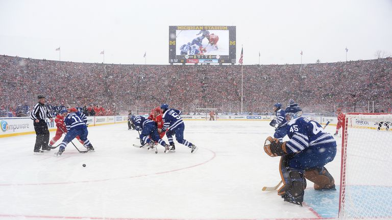 A record crowd of 105,491 watched the Winter Classic