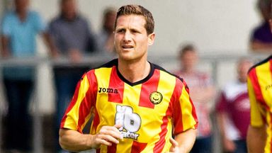 Hugh Murray: Veteran defender has been freed by Partick