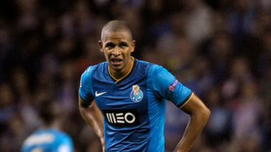 Fernando: Porto midfielder set to join Manchester City