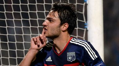 Clement Grenier: Lyon midfielder will remain at the Stade Gerland