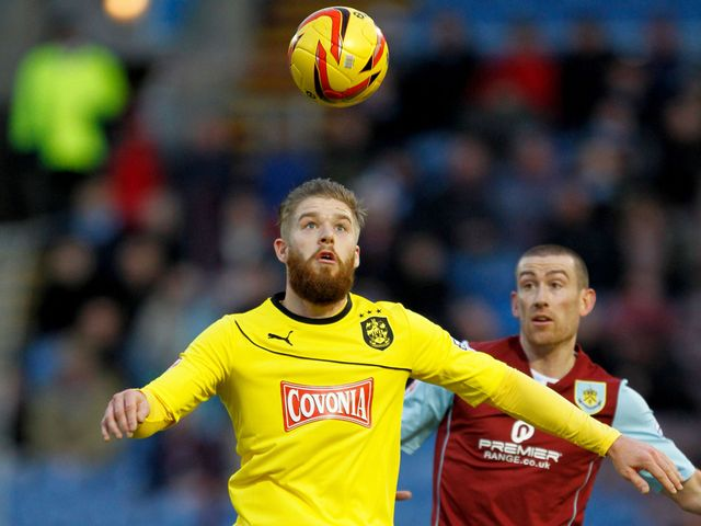Eyes on the ball for Adam Clayton and David Jones