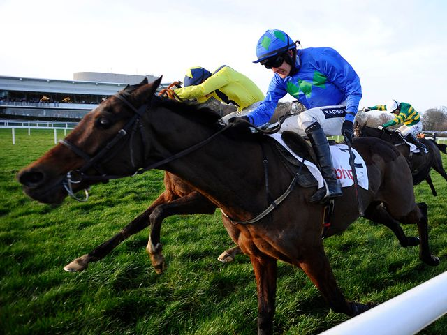 Hurricane Fly fights to see off Our Conor at Leopardstown