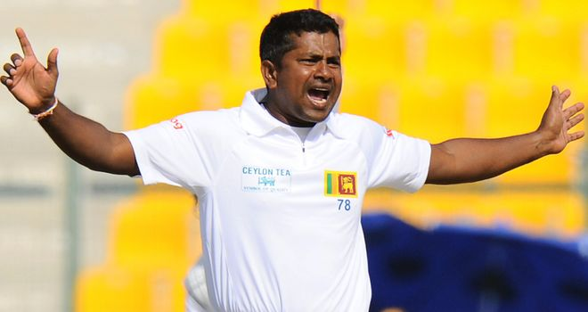 Rangana Herath: Knee injury ends spinner's tour of Bangladesh