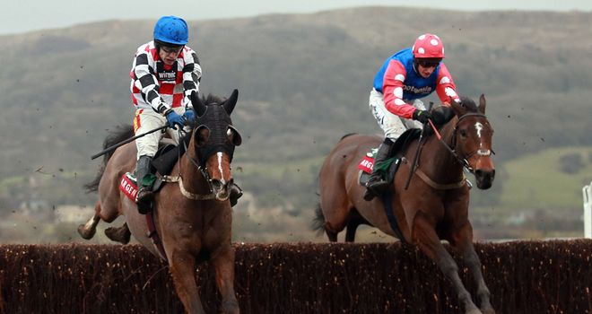 The Giant Bolster (left) bounces back to form in the Argento Chase