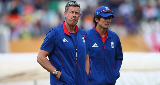 Ashley Giles has defended England captain Alastair Cook