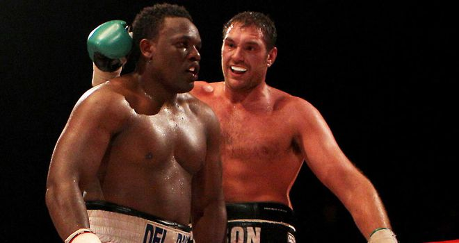 Chisora (L) and Fury fought earlier in their careers