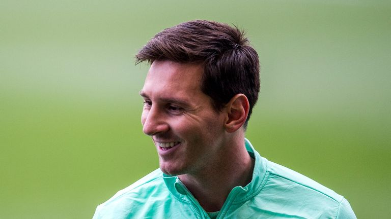 Lionel Messi Latest News photos wife gallery 2014 Barcelona Argentina  Lionel-Messi_3062741