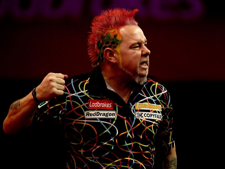 Peter Wright: Beat Simon Whitlock to remain top of the Premier League table