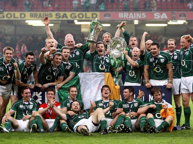 In 2009 Ireland won their first grand slam in 61 years .