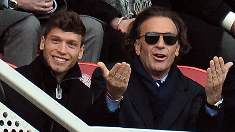Massimo Cellino: Takeover of Leeds put on hold