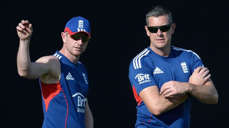 Ashley Giles (R): Hoping to build momentum ahead of World T20