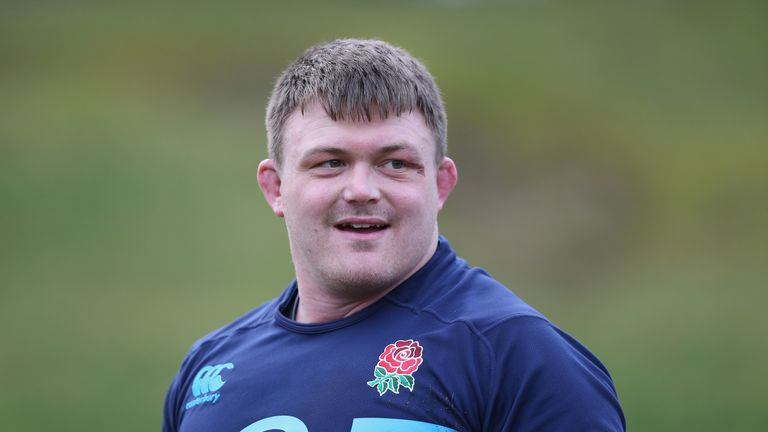 David Wilson: Bath prop replaces Dan Cole in the front-row