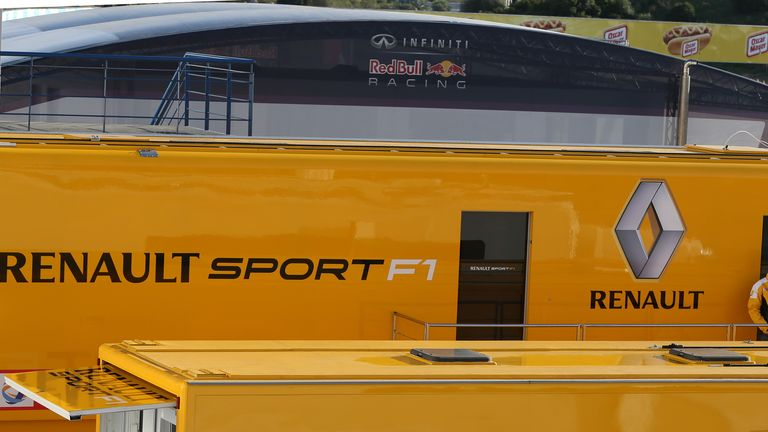 Renault: Behind schedule with its power unit